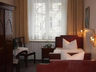 Hotel Pension Columbus Berlin - Gästrum