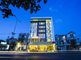 /golden-hotel/hotel/dong-ha-quang-tri-vn.html?asq=jGXBHFvRg5Z51Emf%2fbXG4w%3d%3d