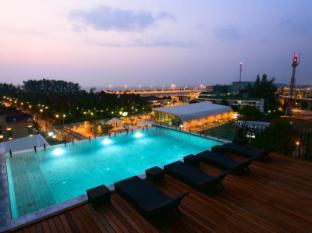 /fi-fi/the-sixteenth-naiyang-beach-hotel/hotel/phuket-th.html?asq=bs17wTmKLORqTfZUfjFABnDEI%2fqbAXOwXVMkp8%2bcFP5RUxTgzZFJnGRSoFwRVpmS