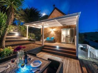 Woodside Bay Cottage