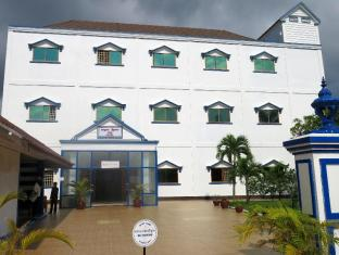 /fi-fi/mk-beach-hotel/hotel/sihanoukville-kh.html?asq=vrkGgIUsL%2bbahMd1T3QaFc8vtOD6pz9C2Mlrix6aGww%3d