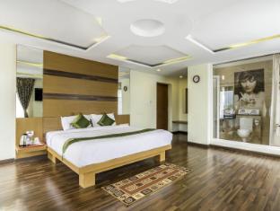 Treebo Abirami Residency