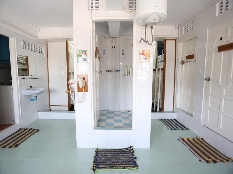 Chan Myaye Guest House17