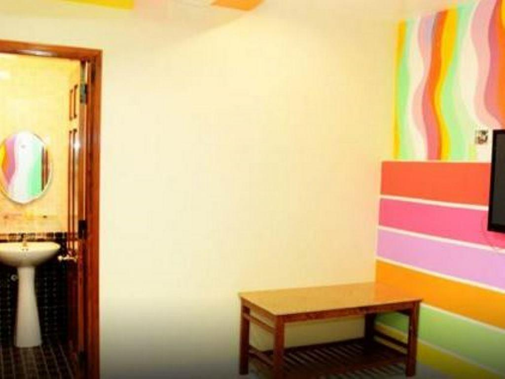 Galaxy Guest House5