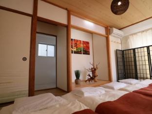 YA Uehonmachi House