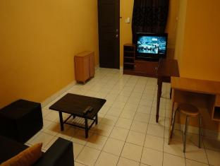 2 Bedrooms Fully Furnished Beverly Hills Apartment J8-3