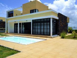 Private Bungalow In Mauritius