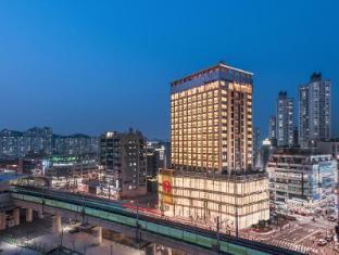 /nl-nl/ramada-incheon-hotel/hotel/incheon-kr.html?asq=vrkGgIUsL%2bbahMd1T3QaFc8vtOD6pz9C2Mlrix6aGww%3d