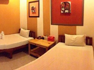 Chang Hotel