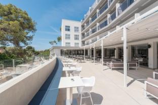 /hotel-rd-mar-de-portals-adults-only/hotel/majorca-es.html?asq=jGXBHFvRg5Z51Emf%2fbXG4w%3d%3d