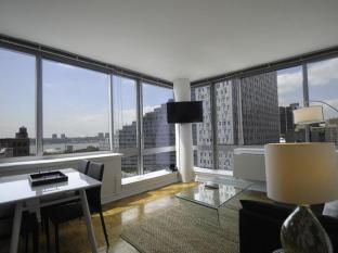 NY Away - Hells Kitchen - Times Square 1-Bedroom 12A