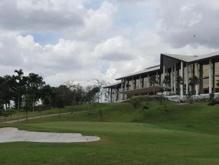 Austin Heights Golf & Hotel Resort