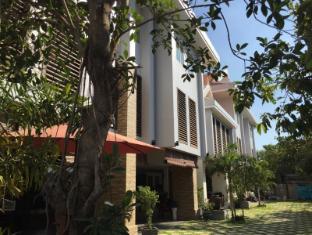 Sokhdom Residence