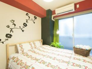 K&K  F07 2 bedroom Apartment Shinsaibashi Namba 804