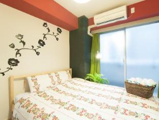K&K  F02 2 bedroom Apartment Shinsaibashi Namba 201