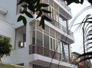 /taj-mahal-home-stay/hotel/agra-in.html?asq=jGXBHFvRg5Z51Emf%2fbXG4w%3d%3d