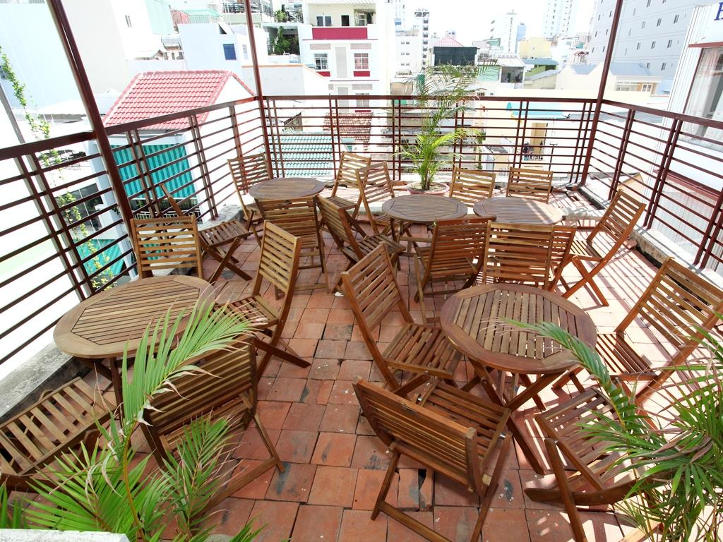 Phi Long Backpacker Hostel Nha Trang6
