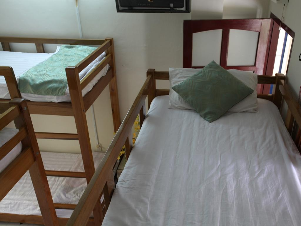 Phi Long Backpacker Hostel Nha Trang10