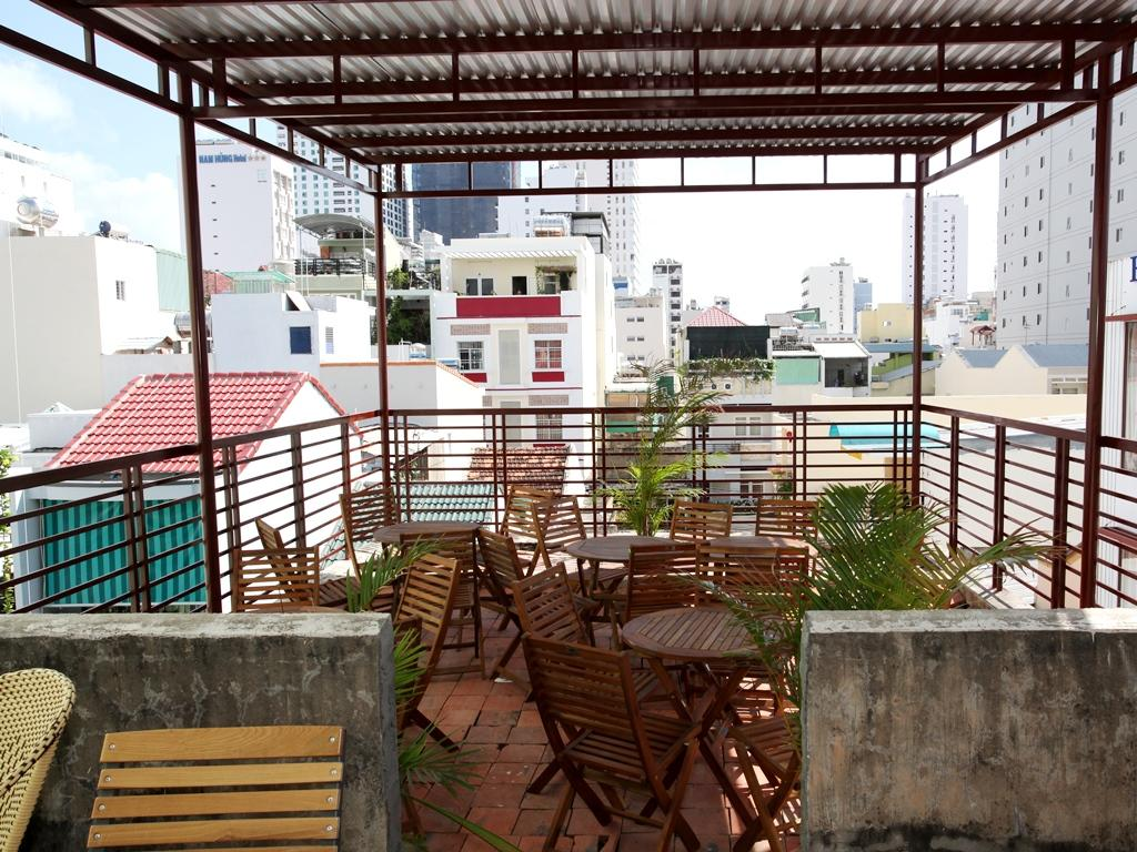Phi Long Backpacker Hostel Nha Trang13