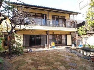 Japanese Style Share house at Hatsudai