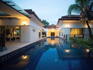 Baan Thalang Private Pool Villa by BYG