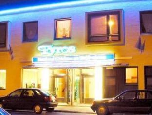 /tyros-hotel-und-gastehaus-am-weidendamm/hotel/hannover-de.html?asq=vrkGgIUsL%2bbahMd1T3QaFc8vtOD6pz9C2Mlrix6aGww%3d