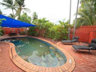 Coconut Grove Holiday Apartments Darwin - Swimming Pool