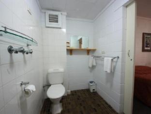 Coconut Grove Holiday Apartments Darwin - Queen & King 1 Bedroom Apt