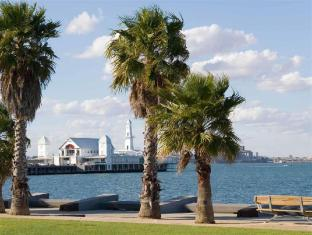 Mercure Hotel Geelong Geelong - Nearby Attraction