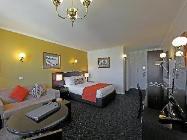 Cameră cu pat queen-size