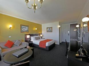 Lenna Of Hobart Hotel Hobart - Queen Room