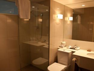 Lenna Of Hobart Hotel Hobart - Bathroom