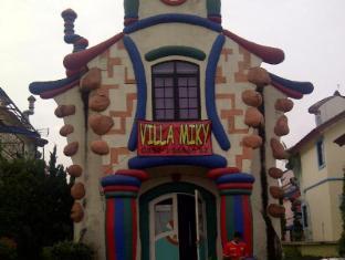 /de-de/villa-miky-at-kota-bunga-puncak/hotel/puncak-id.html?asq=jGXBHFvRg5Z51Emf%2fbXG4w%3d%3d