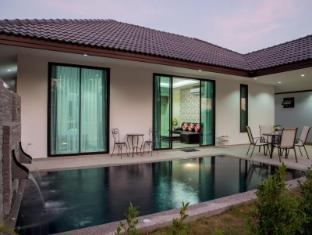 Mil Pool Villas by PK