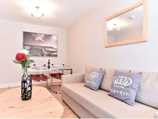 Merlins Court 2 Bedroom Apartment