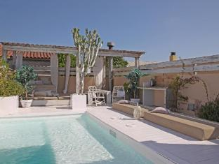 Casa Rosa 6 Bedroom Holiday Home