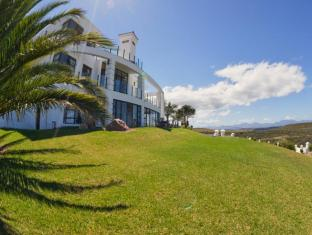 /fly-me-to-the-moon-guest-house/hotel/mossel-bay-za.html?asq=jGXBHFvRg5Z51Emf%2fbXG4w%3d%3d