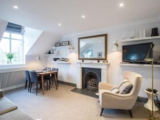 2 Bedroom Flat in South Kensington
