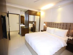 /blossom-hotel-pvt-ltd/hotel/dhaka-bd.html?asq=5VS4rPxIcpCoBEKGzfKvtBRhyPmehrph%2bgkt1T159fjNrXDlbKdjXCz25qsfVmYT