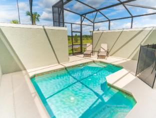 Orlando Tropical Breeze by Casa Floridian