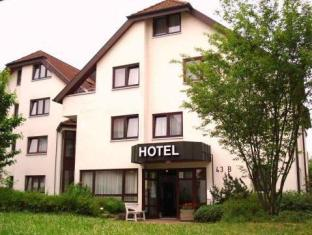 /da-dk/hotel-flora-mohringen/hotel/stuttgart-de.html?asq=vrkGgIUsL%2bbahMd1T3QaFc8vtOD6pz9C2Mlrix6aGww%3d