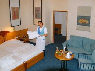 /da-dk/hotel-unger/hotel/stuttgart-de.html?asq=vrkGgIUsL%2bbahMd1T3QaFc8vtOD6pz9C2Mlrix6aGww%3d