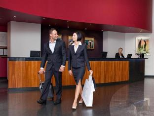 Rydges Hotel Perth - Hotel Lobby