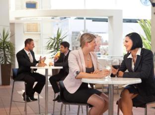 Rydges Hotel Perth - Lobby