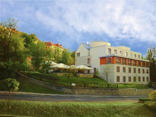 /et-ee/hotel-castle-garden/hotel/budapest-hu.html?asq=jGXBHFvRg5Z51Emf%2fbXG4w%3d%3d