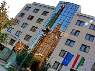 Lion's Garden Hotel Budapest - Entrance