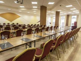 Premium Apartment House Budapest - Ballroom
