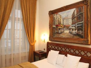 St. George Residence All Suite Hotel DeLuxe Budapest - Diamond Suite