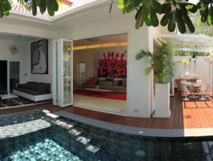 Design Pool Villa
