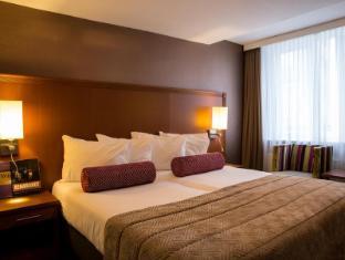 阿姆斯特爾河景酒店